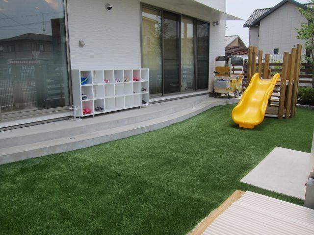 保育園の外構・庭施工例