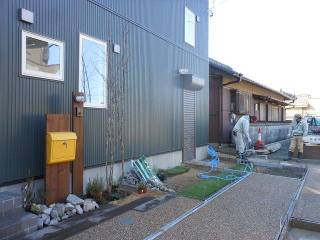 愛知県 一宮市 外構現場作業中です