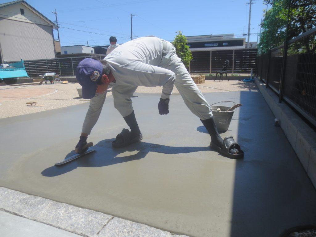 コンクリートの仕上げの強い味方